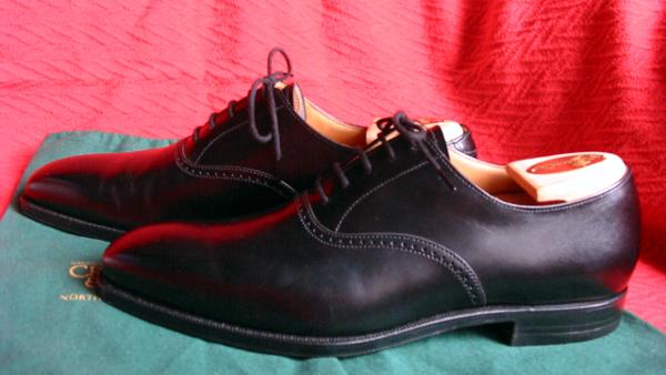 Crockett_&_Jones_men's_dress_shoes