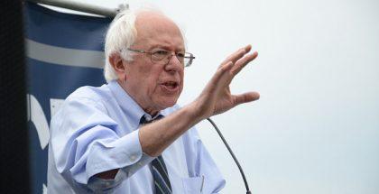 Bernard 'Bernie' Sanders (photo by  AFGE) (CC2.0) (Resized/Cropped)