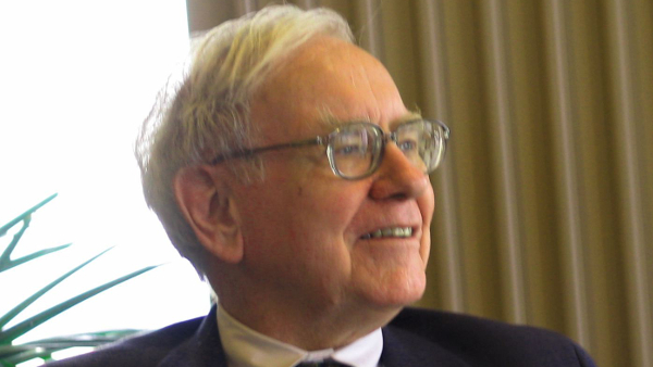 Warren Buffet (photo by Mark Hirschey) (CC2.0) (Resized/Cropped)