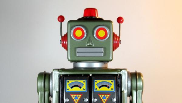 S.H. Horikawa Robot (Photo by D J Shin) (GFDL) (Resized Cropped)