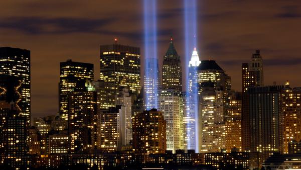 """Tribute in Light"" memorial in New York City, New York (9/11/06)"