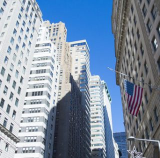 Should Smart Investors Be Overweighted To NY Apartments?