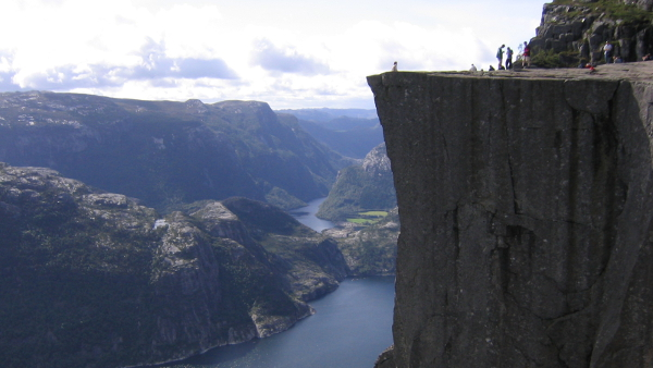 Preikestolen, Norway (Photo by Aconcagua) (CC BY) (Resized/Cropped)