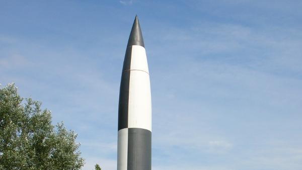 V2-Rocket in the Peenemünde Museum (Photo by AElfwine) (CC BY) (Resized/Cropped)