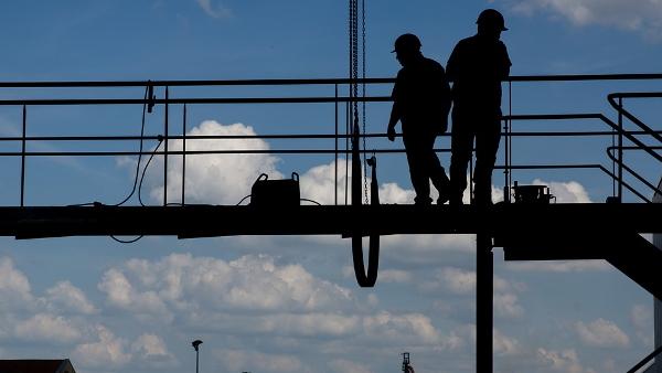 construction workers PUBLIC DOMAIN