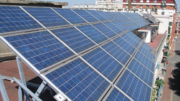 solar panel PUBLIC DOMAIN