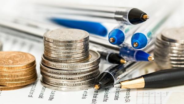 investment money paper pens PUBLIC DOMAIN