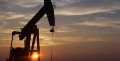 oil pumpjack PUBLIC DOMAIN