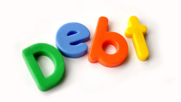 Debt (Photo by Christian Schnettelker) (CC BY) (Resized/Cropped)