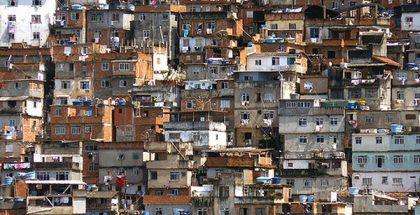 Rio de Janeiro, Brazil, Pavãozinho favela slum  (Photo by Pēteris) (CC BY) (Resized/Cropped)
