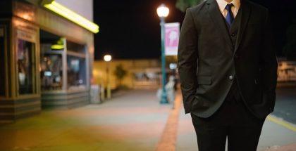 suit businessman PUBLIC DOMAIN