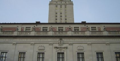 1024px-main_building_at_the_university_of_texas_at_austin