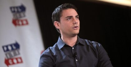 Ben Shapiro speaking at the 2016 Politicon at the Pasadena Convention Center in Pasadena, California. Resized/Cropped, (CC BY-SA 2.0)