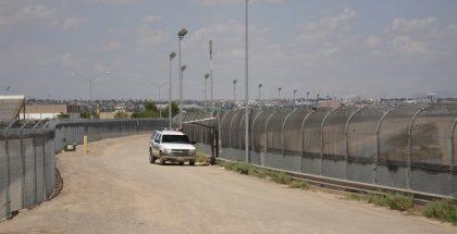 US-Mexico_border_fence