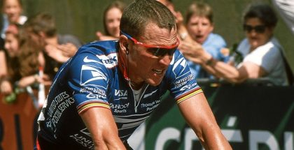 Lance Armstrong racing in the Grand Prix du Midi Libre in 2002.