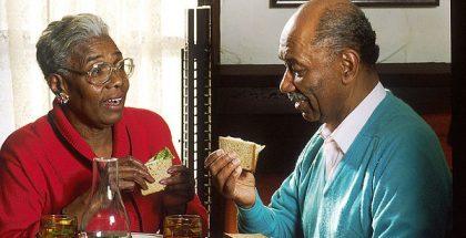 Elderly_Couple_Eating