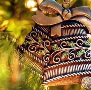 Christmas Bells vs. Bell Curve Economics